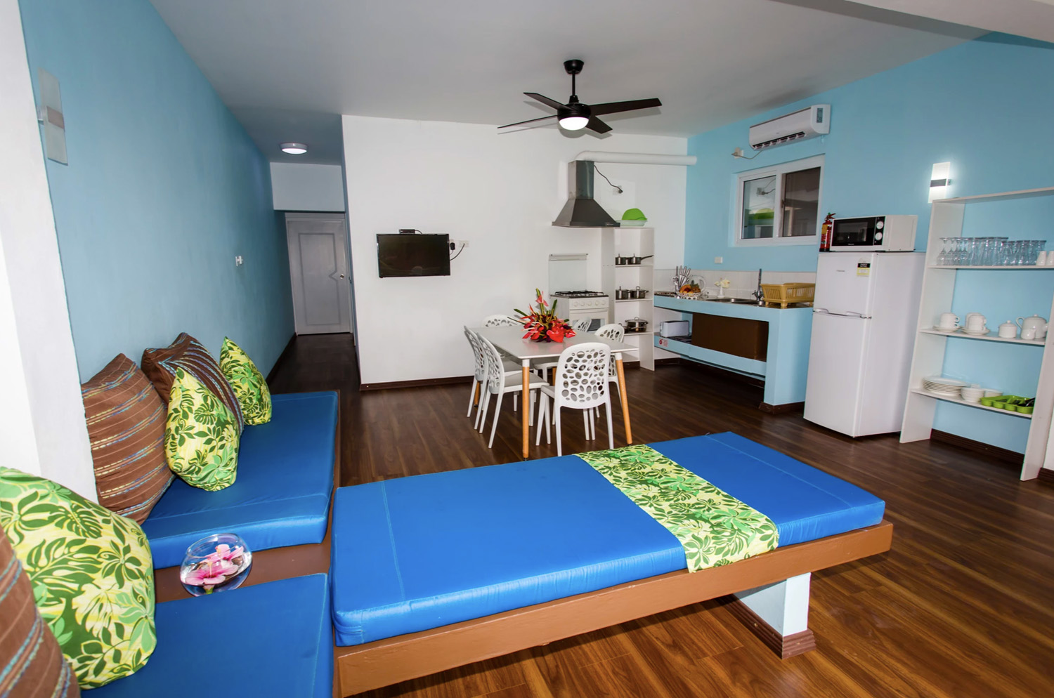 Blue West Villas Accommodation Living Room