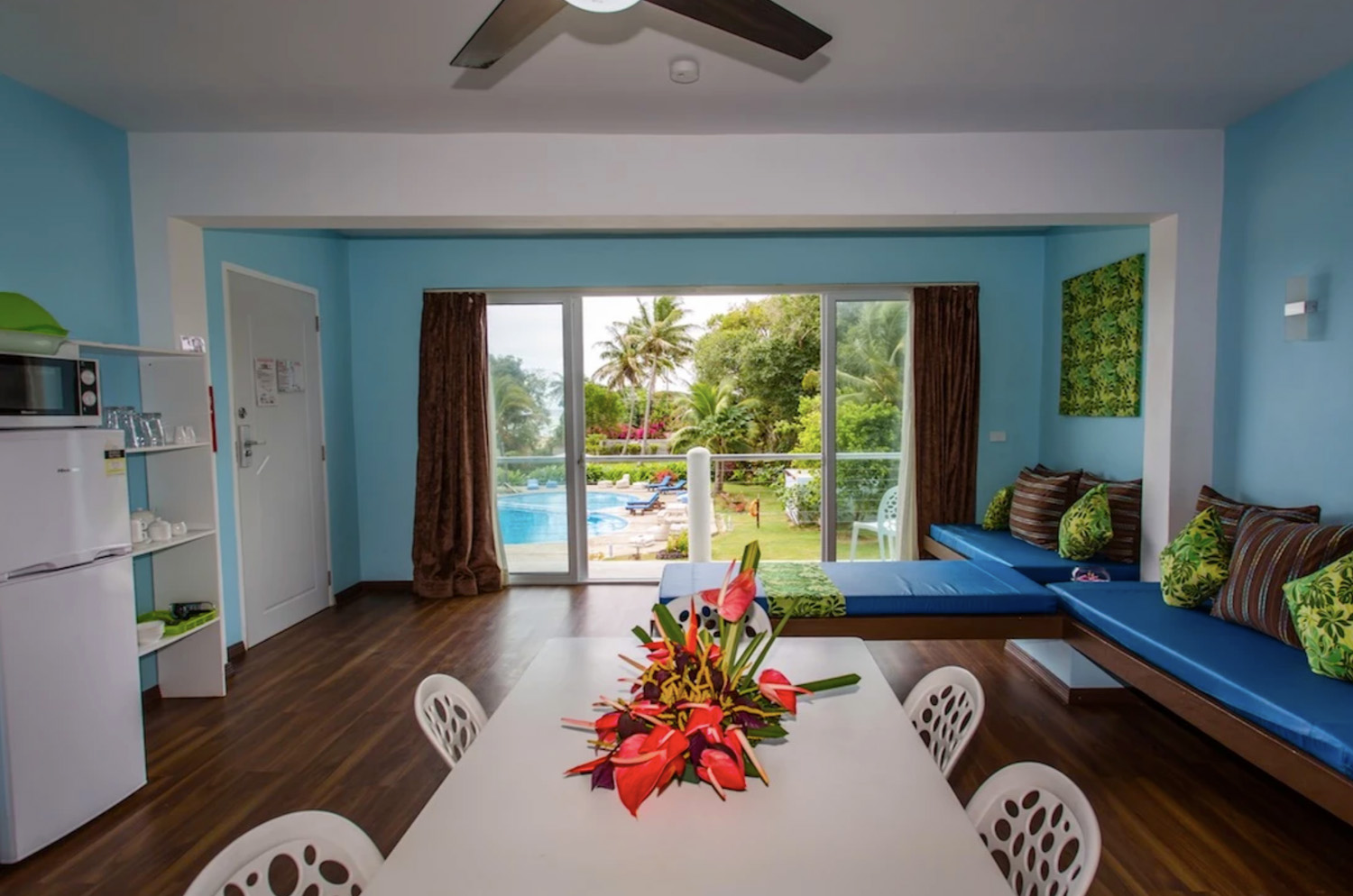 Blue West Villas Accommodation Room 1